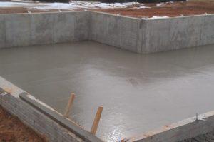 Условия твердения бетона и уход за ним